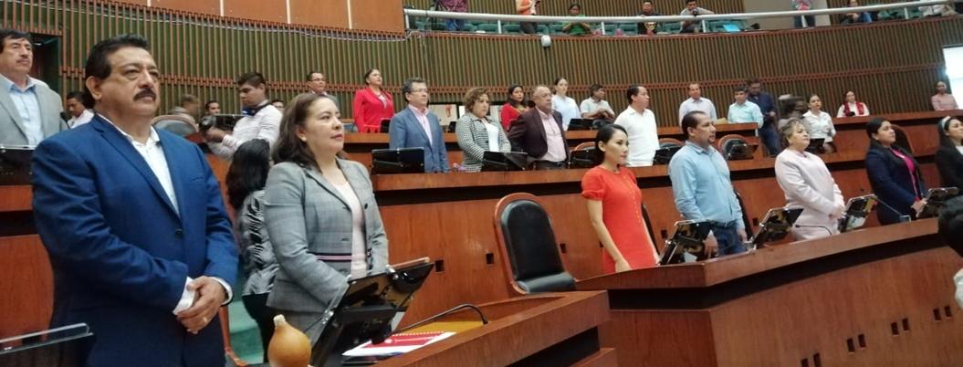 Congreso guarda minuto de silencio por asesinato de Daniel Esteban