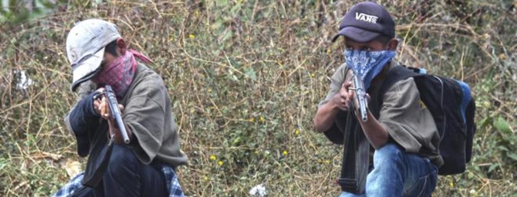 AMLO atenderá a niños armados ante simulación del gobierno local