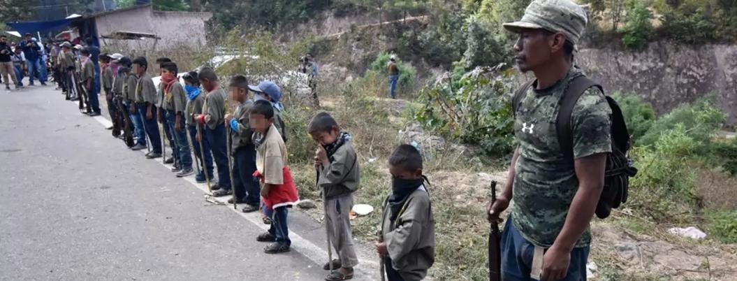 Reinserta condena desatención de gobierno estatal con niños policía