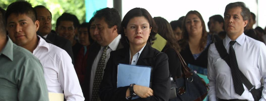 Subempleados o sin trabajo, el 46% de los profesionistas en México
