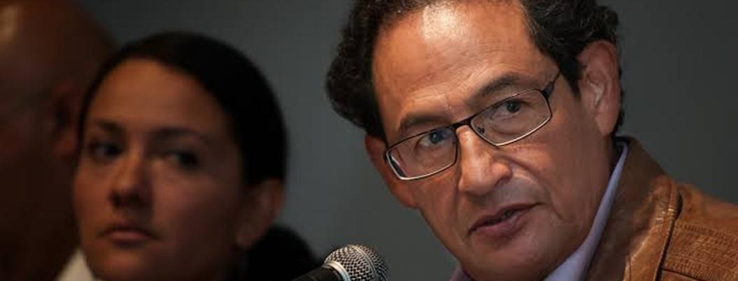 Sentencia contra Aguayo viola libertad de expresión, consideran