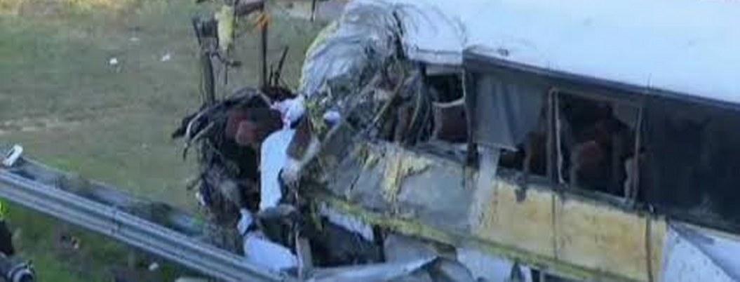 Mueren 20 personas en acciente de autobús en Irán