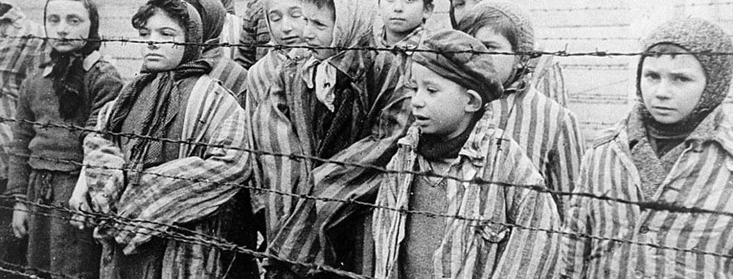 Sobrevientes vuelven a Auschwitz a 75 años del exterminio