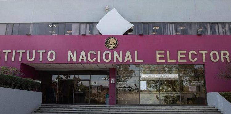 El PES aprueba quintetos de aspirantes a consejeros del INE 1