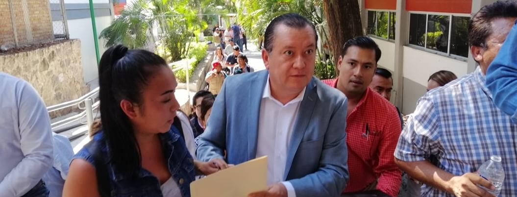 Javier Saldaña denuncia intento de extorsión