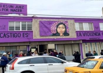 Alcalde de Saltillo multa a dueña de inmueble por mural feminista