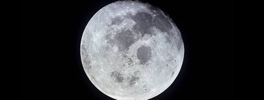 Montes más elevados que el Everest, los retos del hombre en la Luna