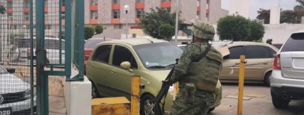 Comando ingresa a clínica para rematar a paciente en Culiacán