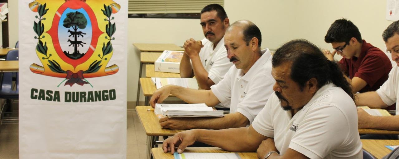 INEA ofrece educación gratuita a mexicanos en 250 plazas de EU