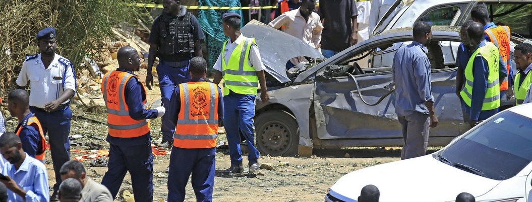 Primer ministro de Sudán escapa de atentado en Jartum