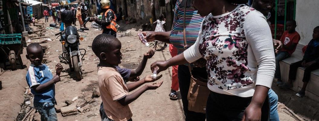 Coronavirus: millones sin jabón ni agua para protegerse del virus