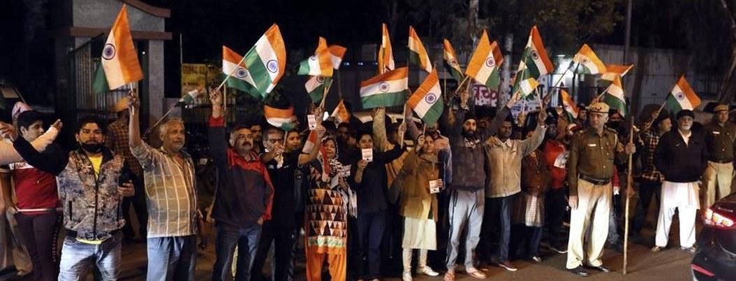 Ejecutan a 4 implicados en violación y asesinato de joven en India