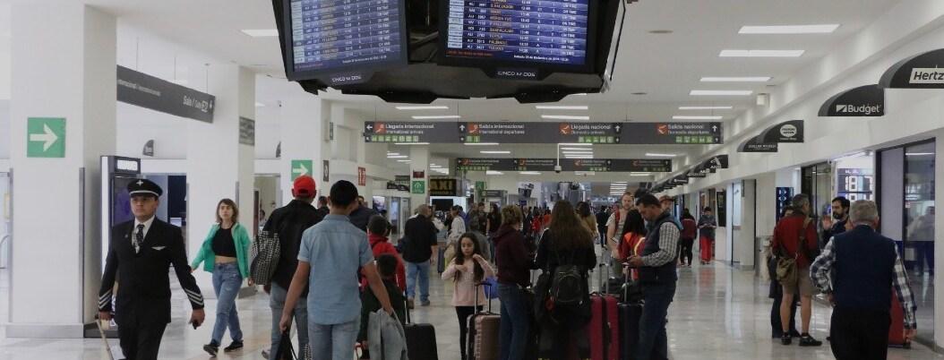 Aún con fase 2 de Covid-19, México no cerrará aeropuertos
