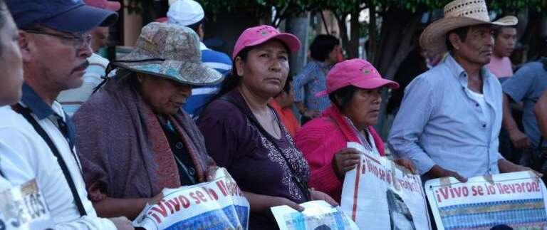 Piden que UIF congele cuentas de involucrados en caso Ayotzinapa