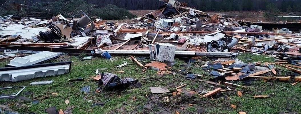 Tornado cobra la vida de nueve personas en EU