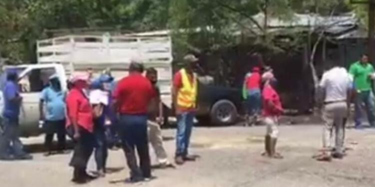 Agudizan protestas en Acapulco; trabajadores toman relleno sanitario 1