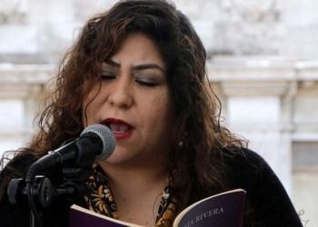 """""""La horrible verdad es que la poesía no obedece las órdenes de nadie"""": María Rivera 6"""