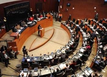 Senado da prórroga de un mes para reforma de outsourcing 9