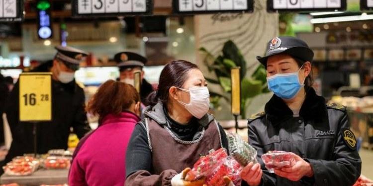 Ciudad al sur de China prohíbe salir a sus habitantes para frenar el Covid 1