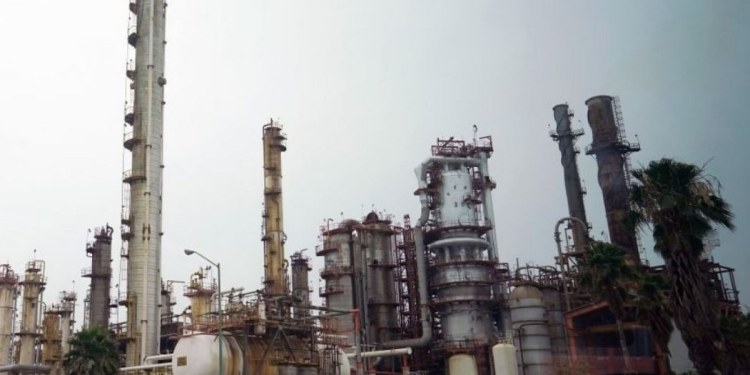 Pemex, tercera petrolera que más contamina al mundo, según México Evalúa 1