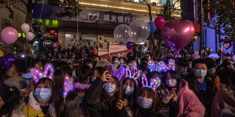 Hoy se cumple un año del primer confinamiento en Wuhan y ya celebran fiestas 1