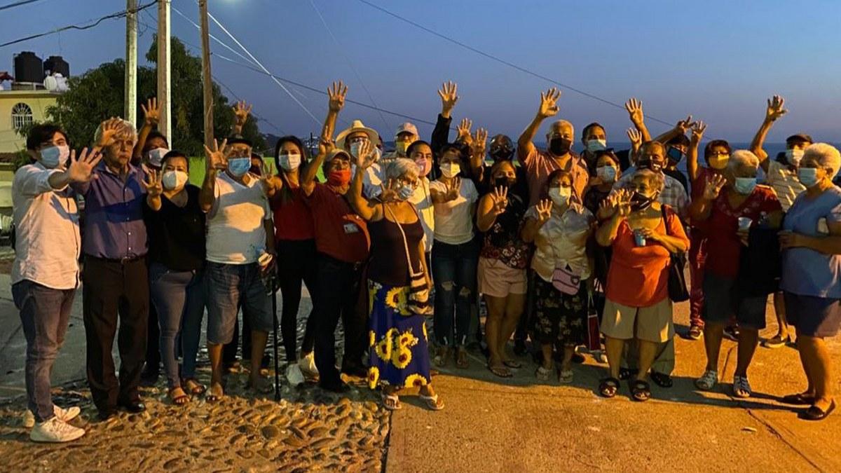 Acapulco necesita un cambio radical hacia la honestidad, dice Javier Solorio a vecinos de La Jardín 1