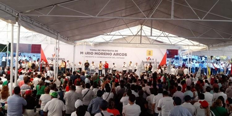 Mario Moreno registra candidatura en el IEPC arropado por líderes del PRI y PRD 1