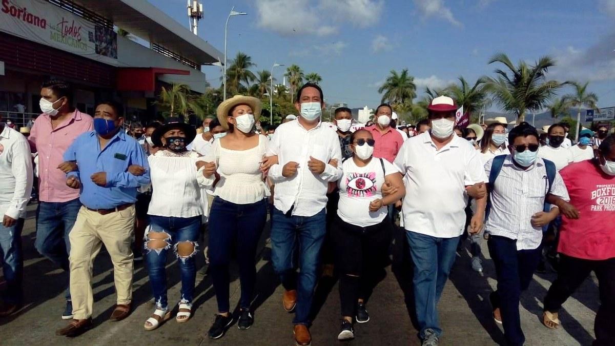 Marchan contra imposición de candidatos en Acapulco que hicieron Félix Salgado y Marcial Rodríguez 2