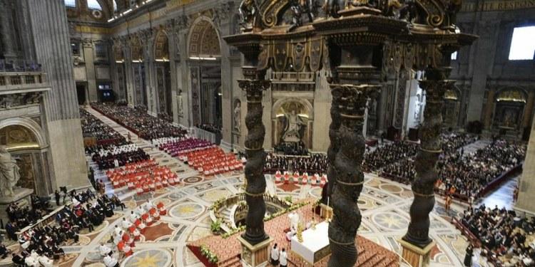 Vaticano decreta que no puede bendecir uniones entre personas del mismo sexo 1