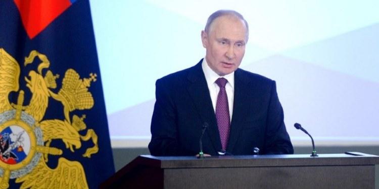 Rusia arrestará a quienes alienten a menores a manifestarse 1