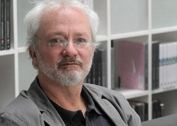 Francisco Segovia: no hay buena crítica de poesía en México; la academia es timorata 8