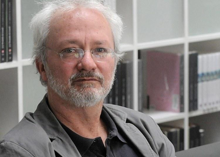 Francisco Segovia: no hay buena crítica de poesía en México; la academia es timorata 21