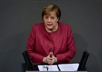 Angela Merkel recibe la primera dosis de la vacuna AstraZeneca 9
