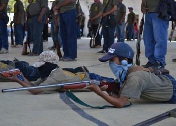 Guerrero: los niños armados de la Montaña; los preparan para enfrentar criminales | Fotos 4