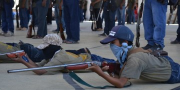 Guerrero: los niños armados de la Montaña; los preparan para enfrentar criminales | Fotos 3