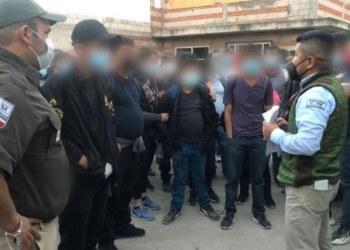 Rescatan a 136 migrantes abandonados en una casa en Tlaxcala 10