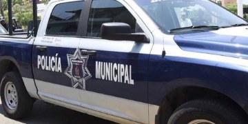 Exhiben a Policías de Tabasco acosando a jovencitas desde su patrulla 23