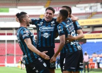 Querétaro derrota 1-0 a Santos Laguna 6