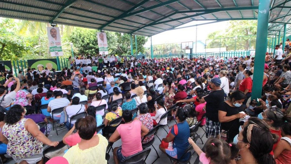 Ricardo Taja garantiza 10 beneficios a madres solteras y trabajadoras de Acapulco con la TarjeTaja 2