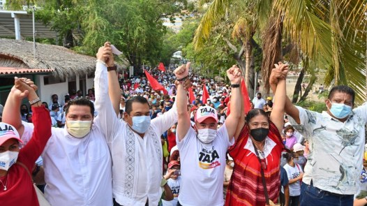 Ricardo Taja firma compromisos turísticos para recuperar Acapulco 2