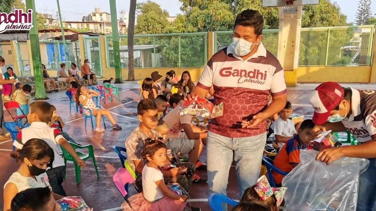 El pueblo se mantiene fiel a la Cuarta Transformación, dice Gandhi Cabañas en Acapulco 1