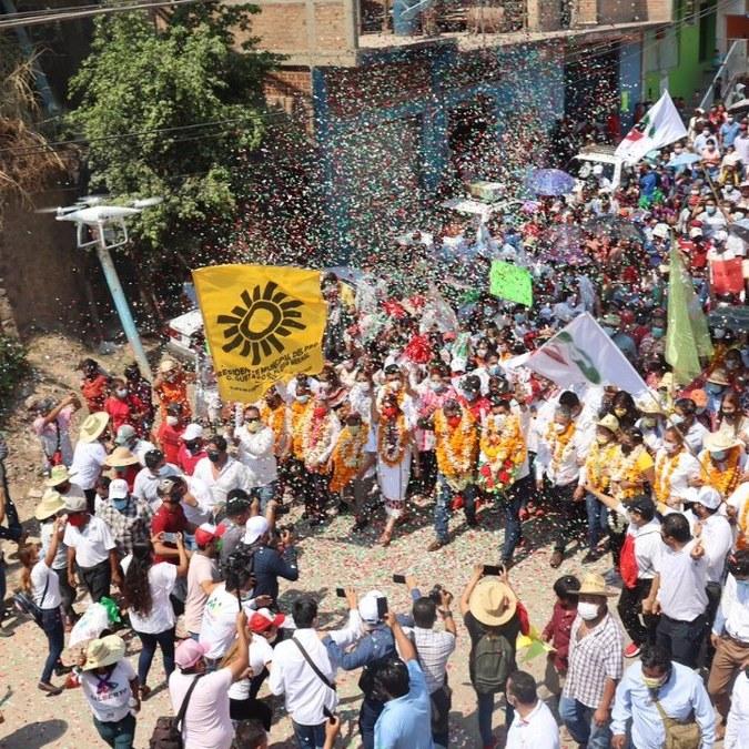 Mario Moreno arranca cierres de campaña en Tlapa; recibe apoyo masivo rumbo a la victoria 2