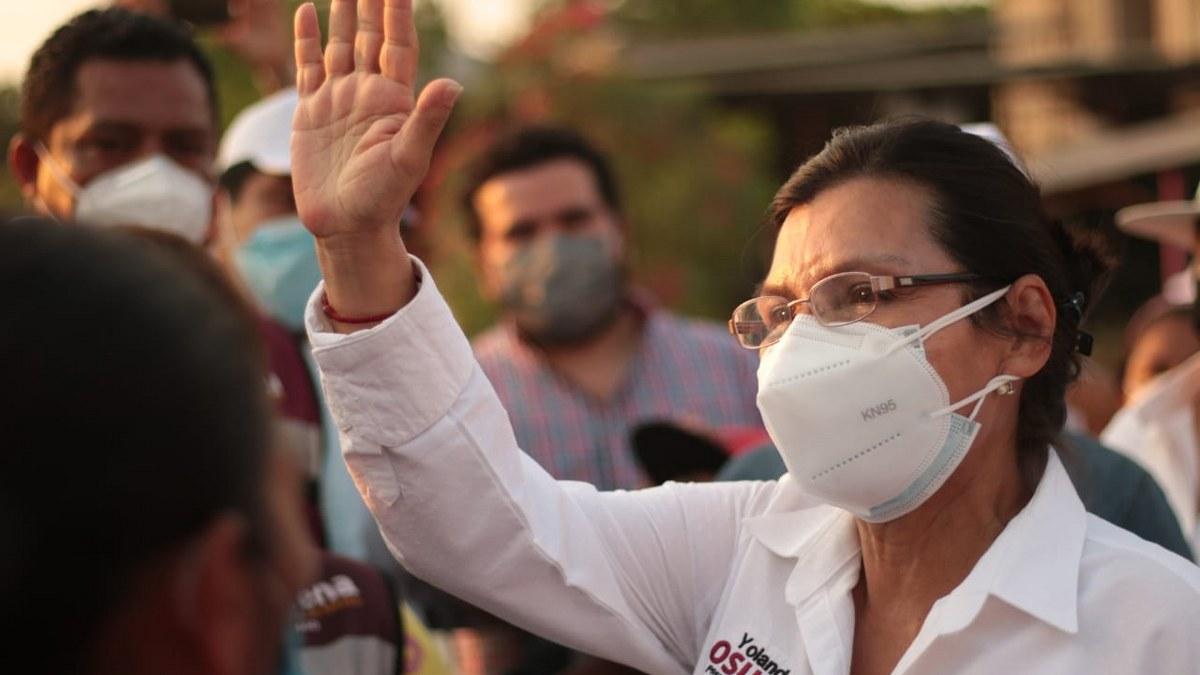 """Yolanda Osuna: ni huele ni """"jiede"""" pero le apuesta al dinero para ganar en Centro, Tabasco 1"""