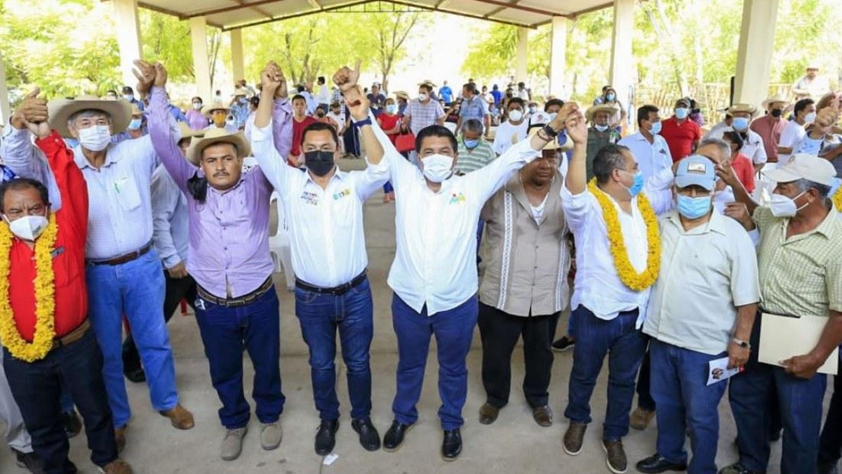 Mario Moreno garantiza regresar apoyos retirados por el gobierno federal a campesinos 2