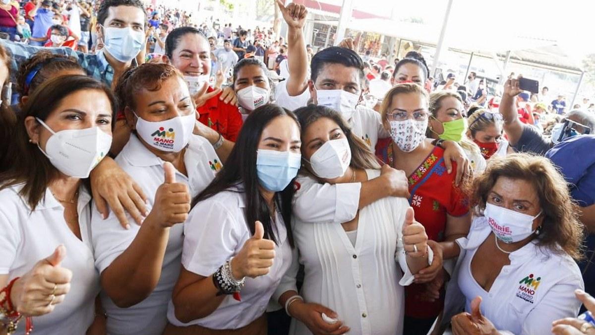 Mujeres votarán por Mario Moreno; en Acapulco anuncia programa de vivienda digna 2