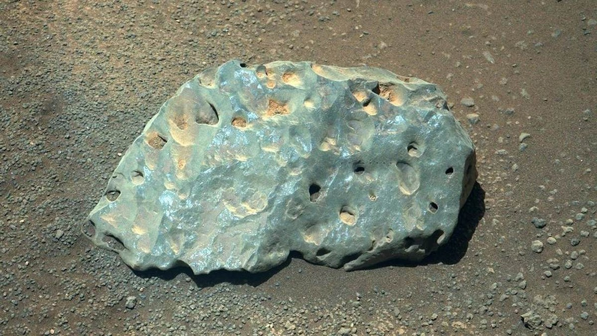Perseverance de la NASA captura inusuales rocas en Marte 1