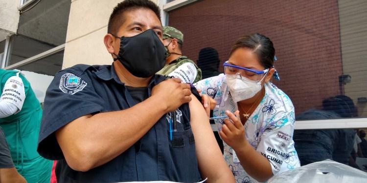 Blindan contra Covid-19 a personal de Seguridad de Morelos 1