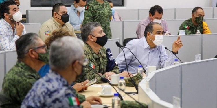 'Ya la libramos', dice gobernador de Guerrero, tras el paso sin daños de 'Dolores' 1