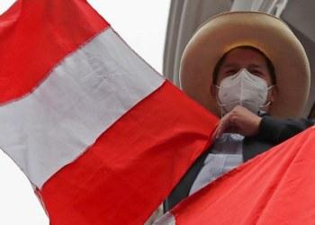 Pedro Castillo lidera elección presidencial de Perú por medio punto 1