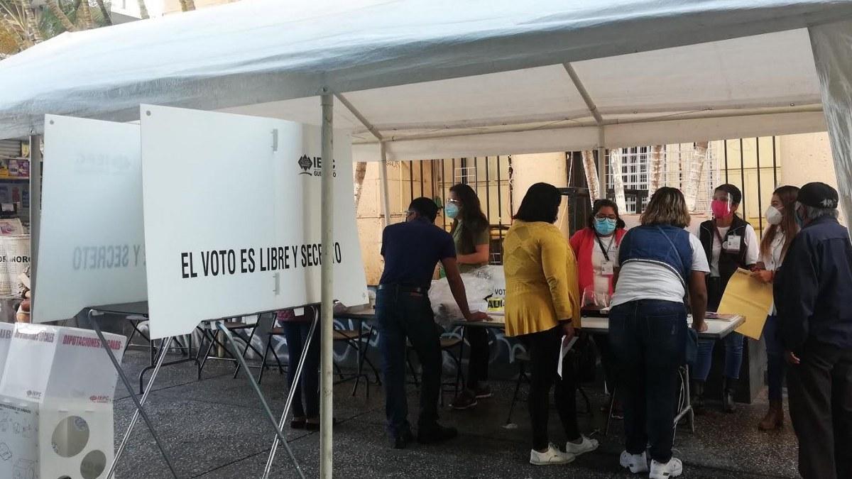 Con retrasos, inicia formalmente la jornada electoral en Guerrero 1